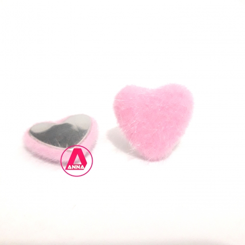 Coração Felpudo com Metal Altura 2,5 e Largura 2,5 Rosa Unidade Ref:36