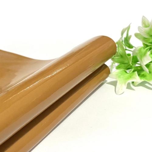 Lonita couro ecológico Verniz cor CARAMELO 24 por 40 cm Cor: 45