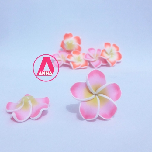 Aplique flor emborrachada 3cm Rosa Clara